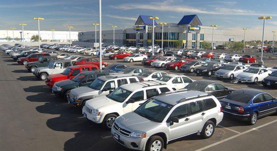 Tempat Jual Mobil Bekas