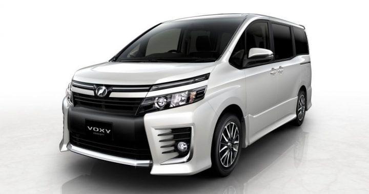 Eksterior Toyota Voxy