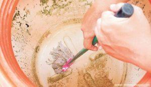 Rutin Bersihkan Tangki Air