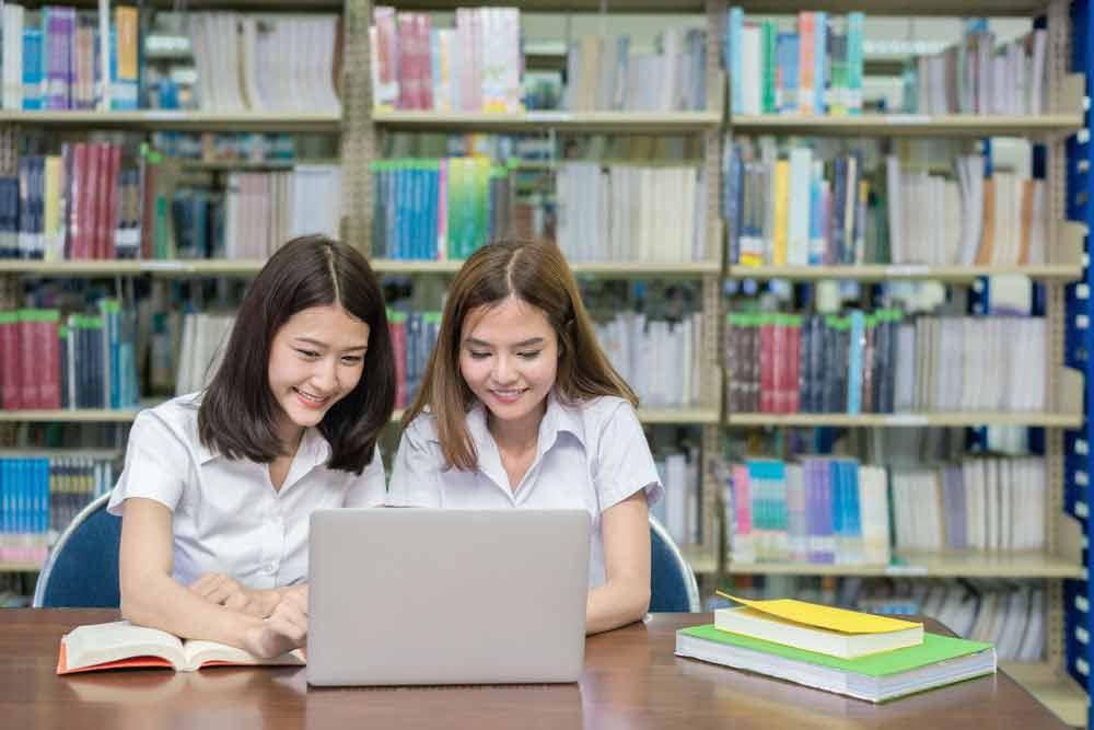 Belajar Online via Ruangguru