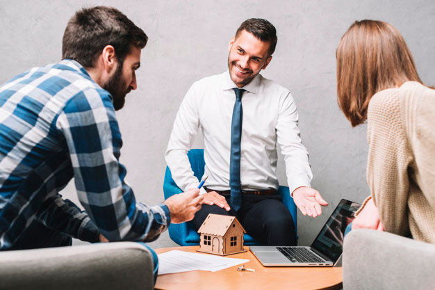 Cara Kerja Agen dan Broker Asuransi